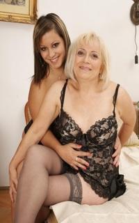 Проститутка Мама и дочка